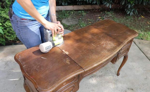 Превращаем старый туалетный столик в стильную винтажную вещь для дома
