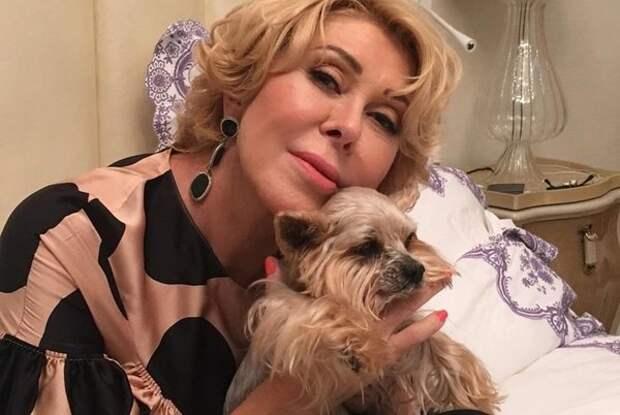 Любовь Успенская рассказала, как отец ее бил ремнем за первую беременность