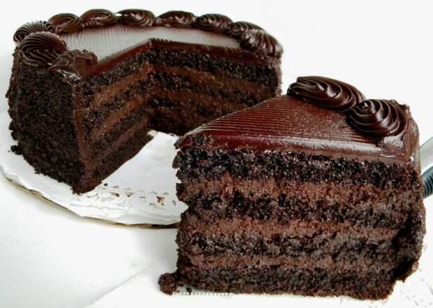 Торт «Чёрный Бруклин» для шокоголиков.
