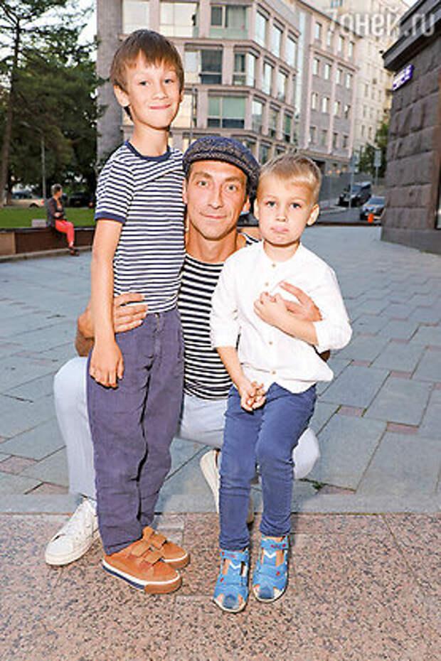 Артем Ткаченко: «После съемок в тюрьме мне снились кошмары»