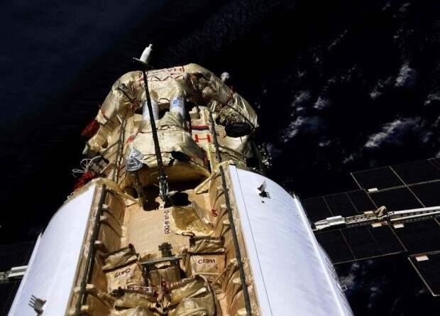 Модуль «Наука» самопроизвольно включил двигатели и привел МКС в беспорядочное движение