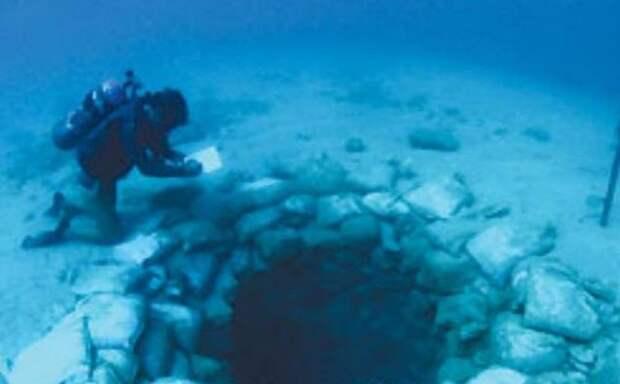 10 невероятных объектов, обнаруженных под водой