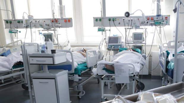 Оперштаб сообщил о 8329 новых случаях коронавируса в России