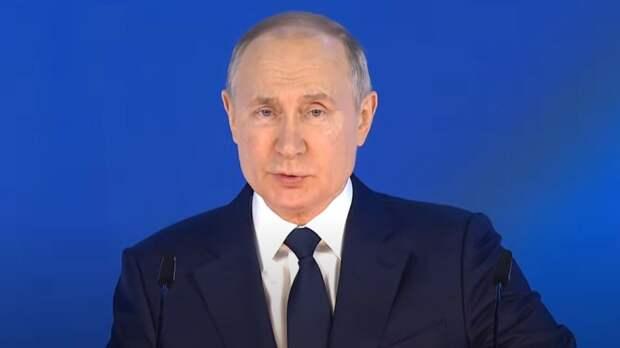 Путин поблагодарил российских ученых за вклад в борьбу с коронавирусом