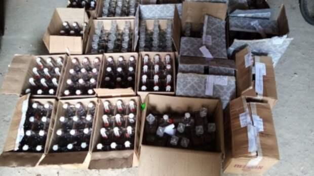 Трое родственников наСтаврополье продавали всельском магазине паленую водку