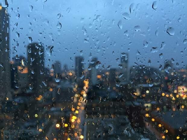 В Сочи прогнозируют сильные дожди и шторм