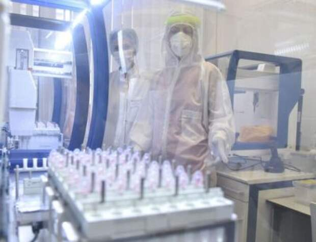 """Эффективность вакцины """"Спутник V"""" против тяжелых случаев коронавируса составила 100%"""