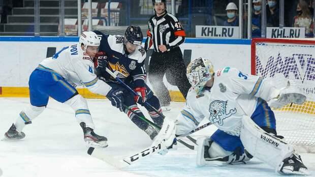 «Металлург» в 5-м матче плей-офф победил «Барыс» и вышел вперед в серии