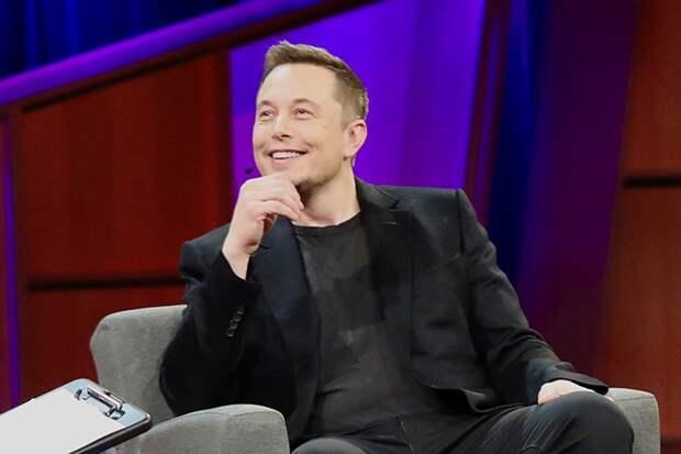 Экономист объяснил, почему Илон Маск не сможет потратить свои 272 миллиарда