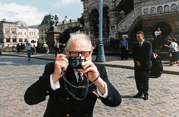 Приключения иностранцев в постсоветской России