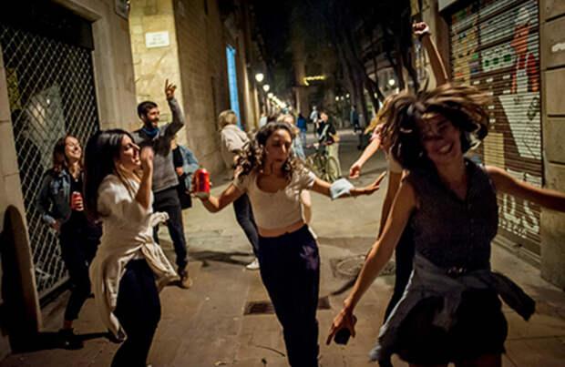 Испания гуляла всю ночь до утра