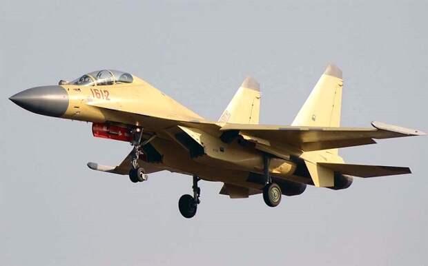 Чем китайский истребитель J-16 лучше российского Су-27