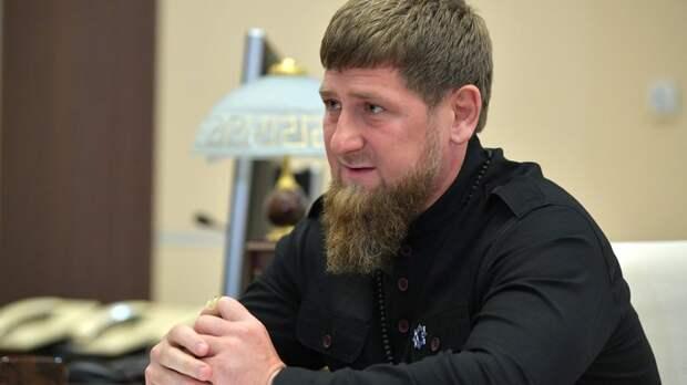 """Переходит в правительство? Кадыров впервые прокомментировал свою """"отставку"""""""