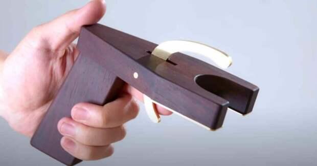 Как сделать пистолет-насадку для аэрозольных баллончиков с краской или лаком