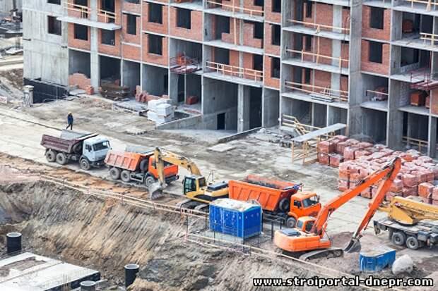 Предложение квартир в новостройках «на котловане» в Новой Москве упало до рекордных 8%