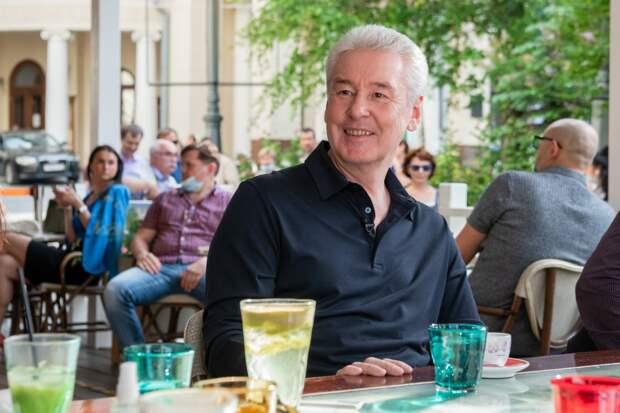 Зоны для привитых от COVID-19 могут появиться в ресторанах Москвы