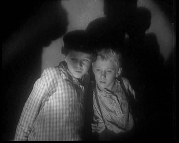Классика советского кино: На графских развалинах (1958)