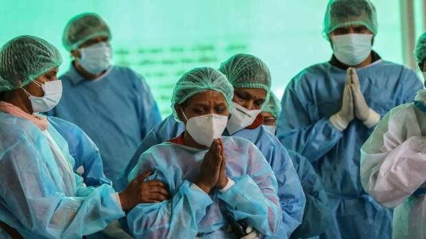 Новый симптом коронавируса выявили в Индии