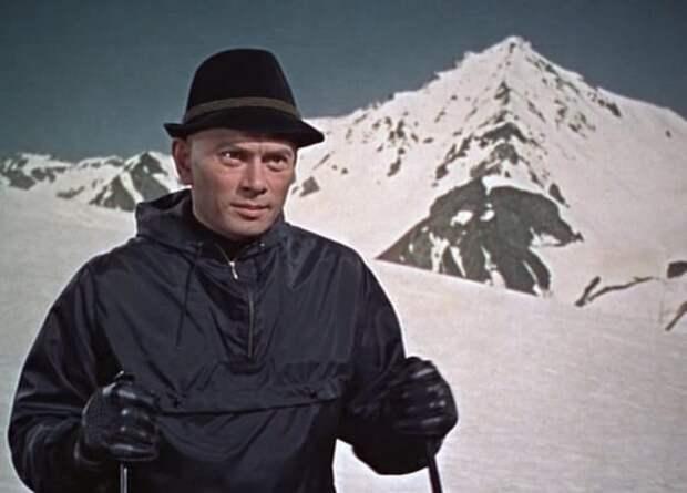 Кадр из фильма *Двойник*, 1967 | Фото: kino-teatr.ru