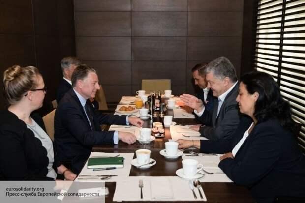 Дубинский: Порошенко может в любой момент обвалить всю банковскую систему Украины