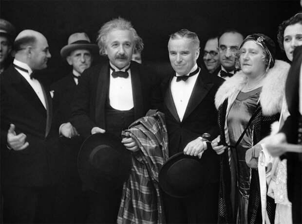 Альберт Эйнштейн и Чарли Чаплин в 1931 году.