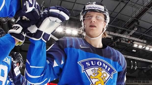 Сборная Финляндии обыграла Италию и возглавила группу В на чемпионате мира в Риге