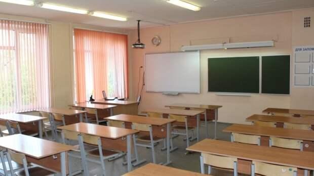 """В """"заминированной"""" казанской гимназии №27 сработала пожарная сигнализация"""