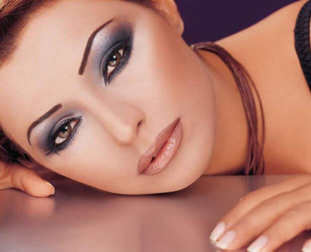 Макияж глаз: рисуем стрелки на глазах