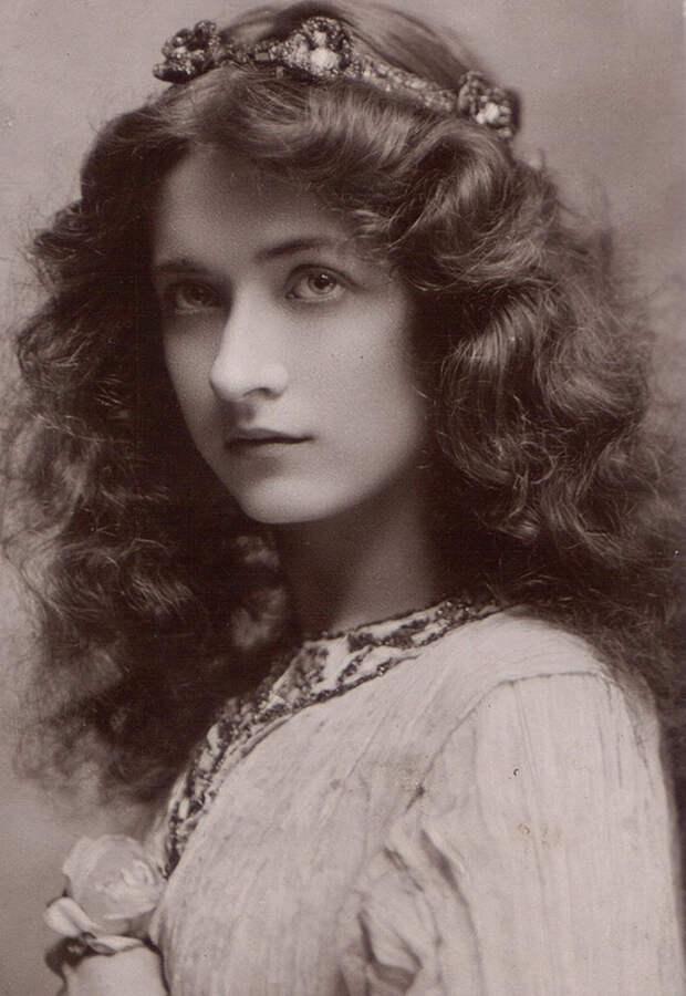 Самые красивые женщины 1900-х годов 5