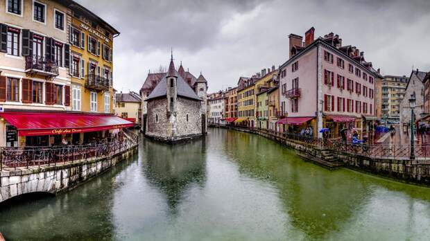 Красивые города на каналах
