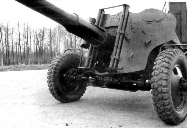Механический привод ведущих колес активной 85-мм пушки СД-44 (из архива НИИЦ АТ) авто, автопоезд