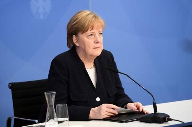 Меркель назвала «поведение РФ» одной из причин изменения баланса сил в мире