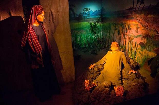 Сейчас в музее около 100 библейских сцен с 325 героями.