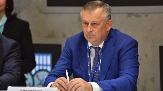 Дрозденко выразил соболезнования в связи со смертью главы Выборгского района Гилязова