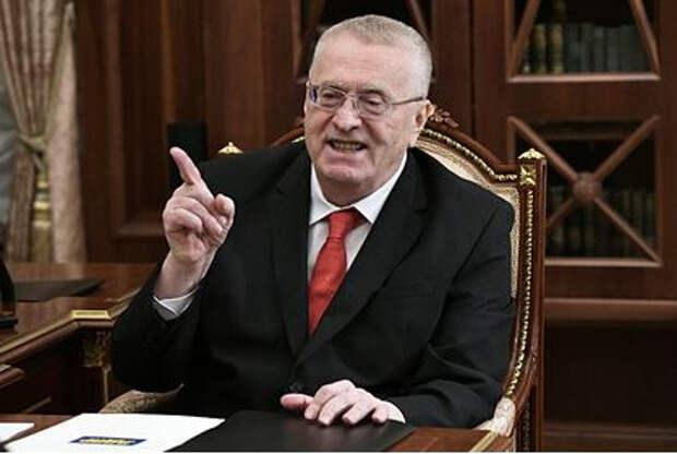 Жириновский заявил о необходимости закрыть границы России
