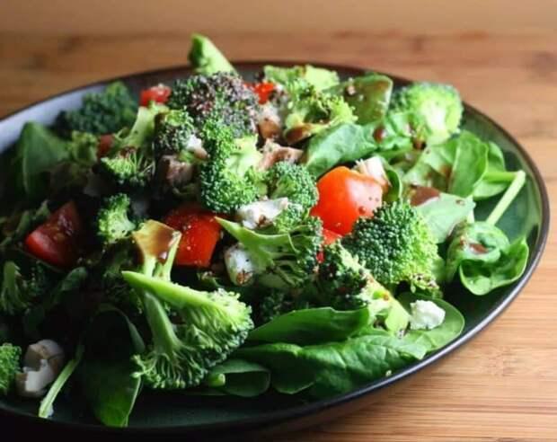 Салат из брокколи для похудения. Вкусный и полезный салатик для любителей здорового питания 2