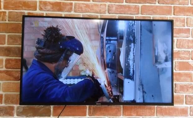 Стоит ли покупать дешёвый телевизор, если нет денег на дорогой
