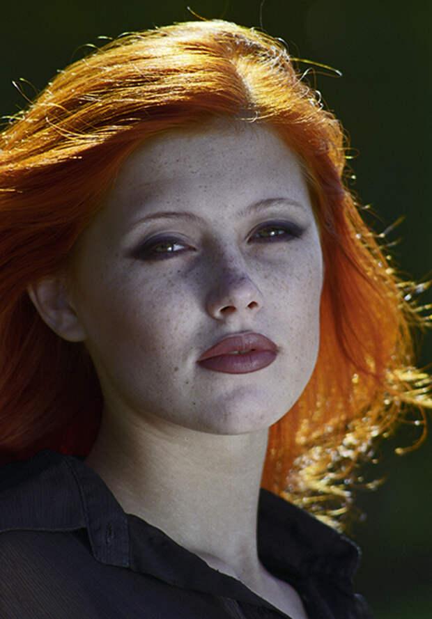 «Душа русской женщины тоскует по празднику жизни» Почему внешность жен бандитов из 90-х стала модным трендом у российской молодежи