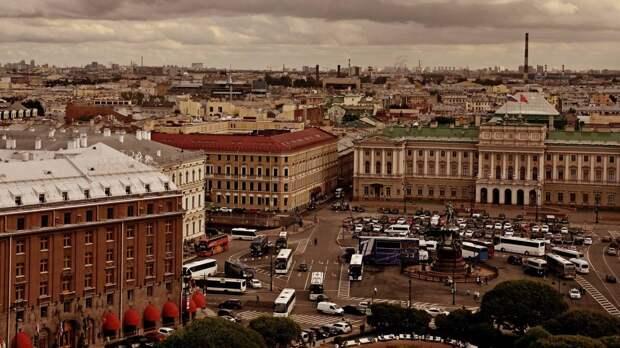Ветреная и холодная погода ожидается в Петербурге 24 октября
