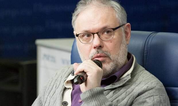Хазин афоризмом объяснил, почему Запад забыл про Литвиненко и Скрипаля