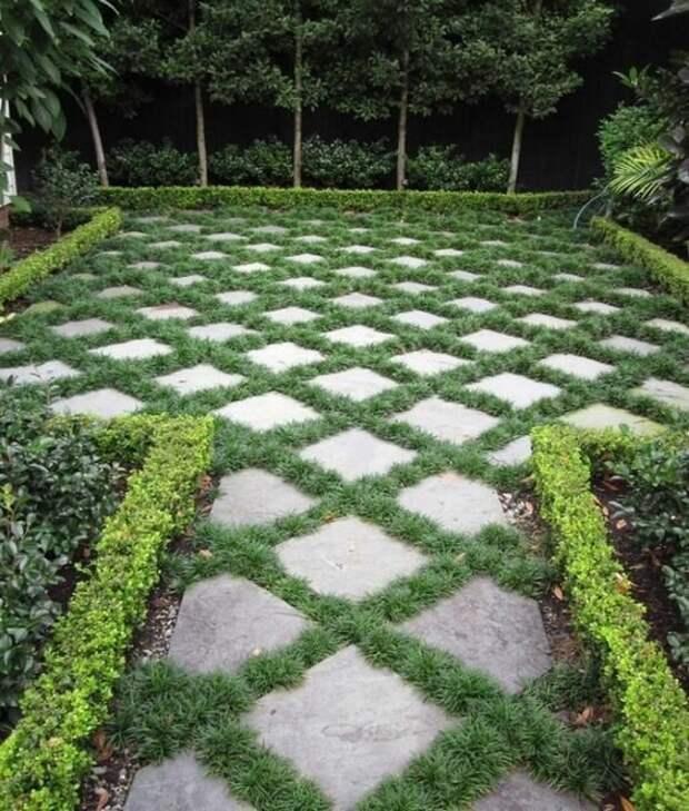 Плитки выкладывают особым образом, оставляя между ними расстояние, которое засевают травой Фабрика идей, дизайн, зеленые дорожки, красота, украшение