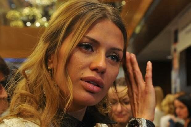 «Тоска по Отечеству»: Собчак разнесла Викторию Боню за жалобы на огромную коммуналку в Монако