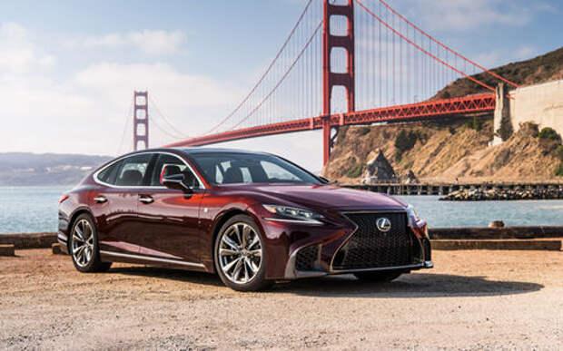 Lexus отзывает автомобили из-за проблем с двигателями
