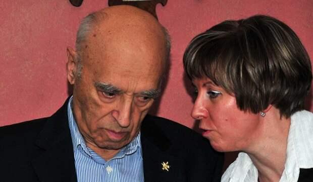 Нажралась и стошнило на ковер: шокирующее признание вдовы Этуша