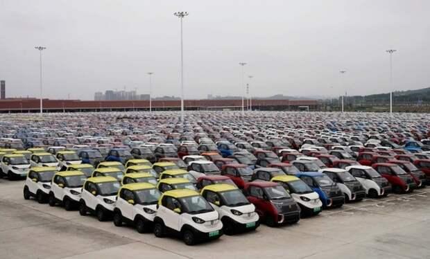 В Китае создали аккумулятор для электромобиля с запасом хода 2 млн км