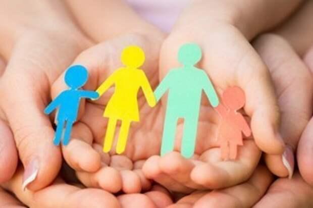 Калужское правительство рассказало, как помогут семьям с детьми в 2021 году