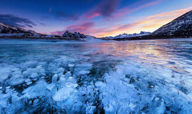 Магия льда. 10 самых красивых замерзших озер планеты