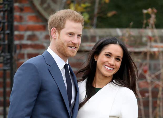 Молодёжь любит королеву, принца Гарри и Меган Маркл. А вот Уильяма с Кейт не жалует