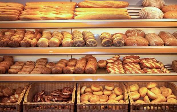Министерствам РФ поручено представить целевые значения цен на социально значимые товары