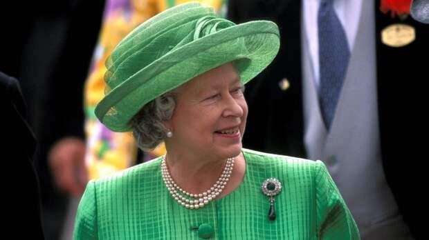 Британская королева Елизавета II не стала отмечать День Победы